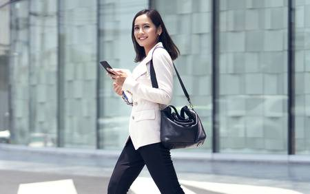 114060290-asian-women-are-beautiful-businesswoman-she-went-to-the-office-in-the-morning-